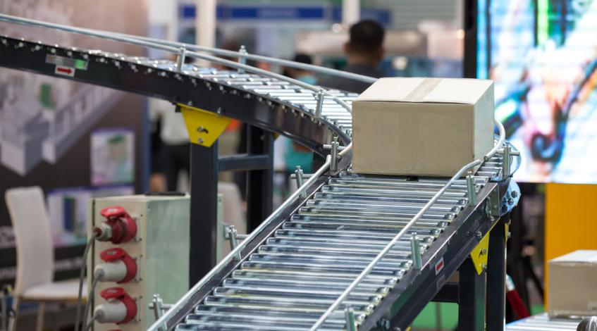 HBC's Omnichannel Solution Combines Robots and Automated Warehousing, But Can It Catch Amazon?