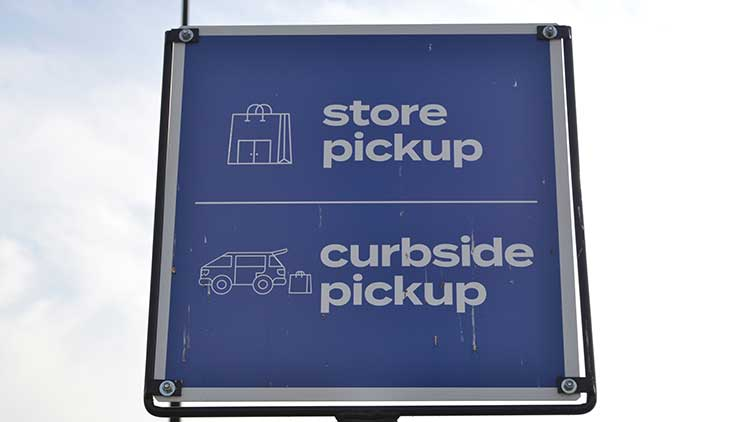 store and curbside pickup sign